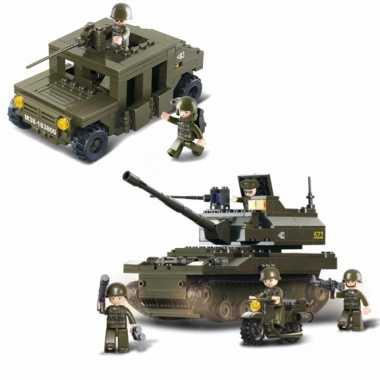 Groothandel leger/soldaten speelgoed set van sluban - 2x army voertuigen van 32 en 24 cm kopen