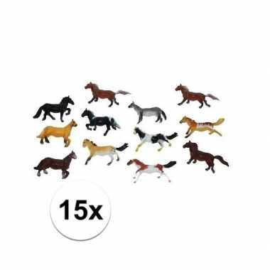 Groothandel paardjes set van 15x plastic speelgoed paarden van 6 cm k