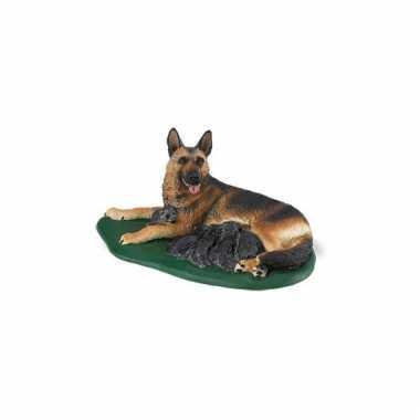 Groothandel plastic speelgoed duitse herder met puppies 10 cm kopen