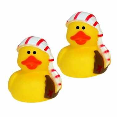 Groothandel set van 10x stuks geel piraten badeendje met gestreepte muts 5 cm speelgoed kopen
