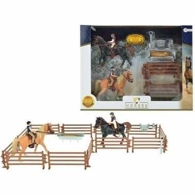 Groothandel speelgoed figuur set twee paarden met ruiters en accessoi