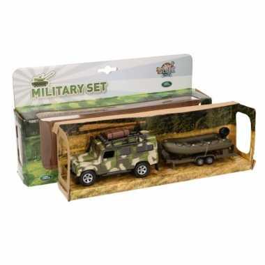 Groothandel speelgoed leger auto landrover met aanhanger kopen