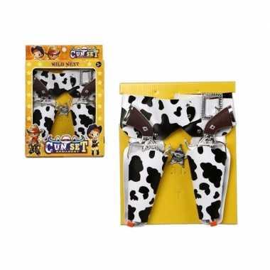 Groothandel speelgoed pistolen en holsters met koeienprint kopen