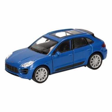 Groothandel speelgoed porsche macan turbo blauw autootje 12 cm kopen