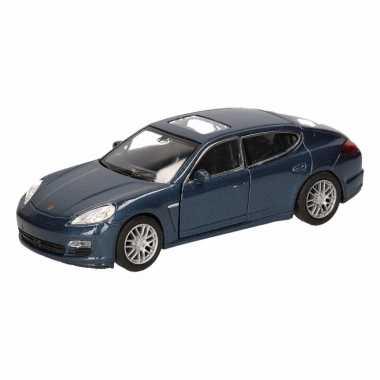 Groothandel speelgoed porsche panamera s blauw autootje 12 cm kopen