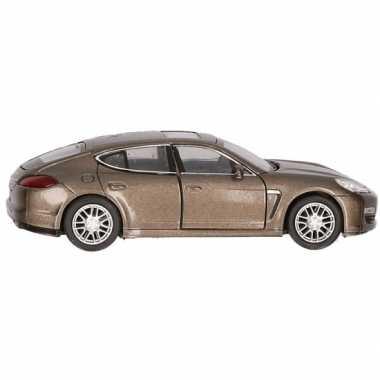 Groothandel speelgoed porsche panamera s bruin autootje 12 cm kopen