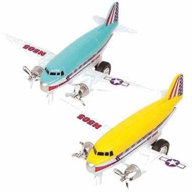 Groothandel speelgoed propellor vliegtuigen setje van 2 stuks geel en blauw 12 cm kopen