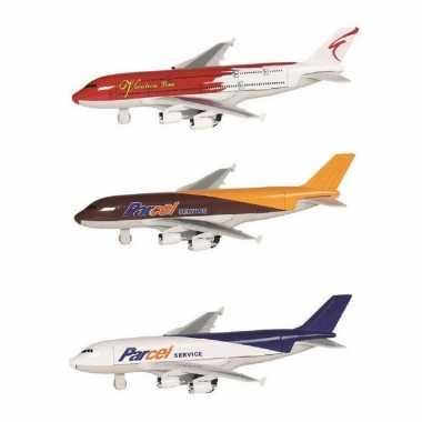 Groothandel speelgoed vliegtuigen setje van 3 stuks bruin, rood en wit/blauw 19 cm kopen