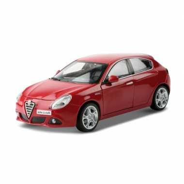 Groothandel speelgoedauto alfa romeo giulietta rood 1:24/18 x 7 x 6 cm kopen