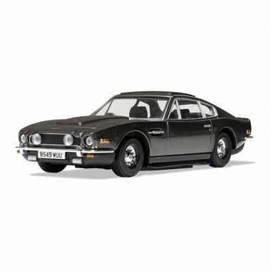 Groothandel speelgoedauto aston martin v8 vantage james bond schaal 1:36 olijfgroen - 12 x 5 x 3 cm kopen