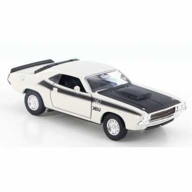 Groothandel speelgoedauto dodge challenger 1970 wit 1:34 kopen