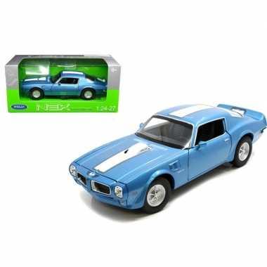 Groothandel speelgoedauto pontiac firebird trans am 1972 blauw/wit ko