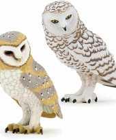 Groothandel plastic speelgoed uilen 2x figuren kerkuil en sneeuwuil van 6 5 cm