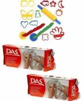Groothandel speelgoed klei combi pakket van 2 kilo witte klei met 15 delige kleivormen set